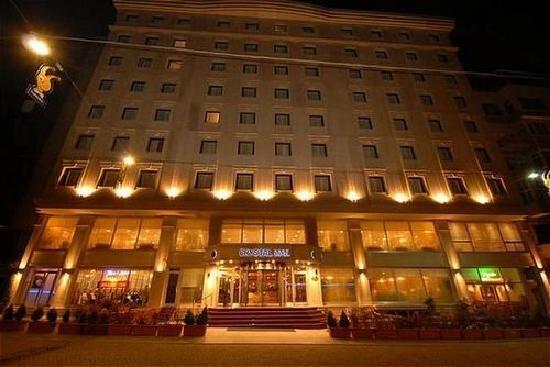 מלון Crystal