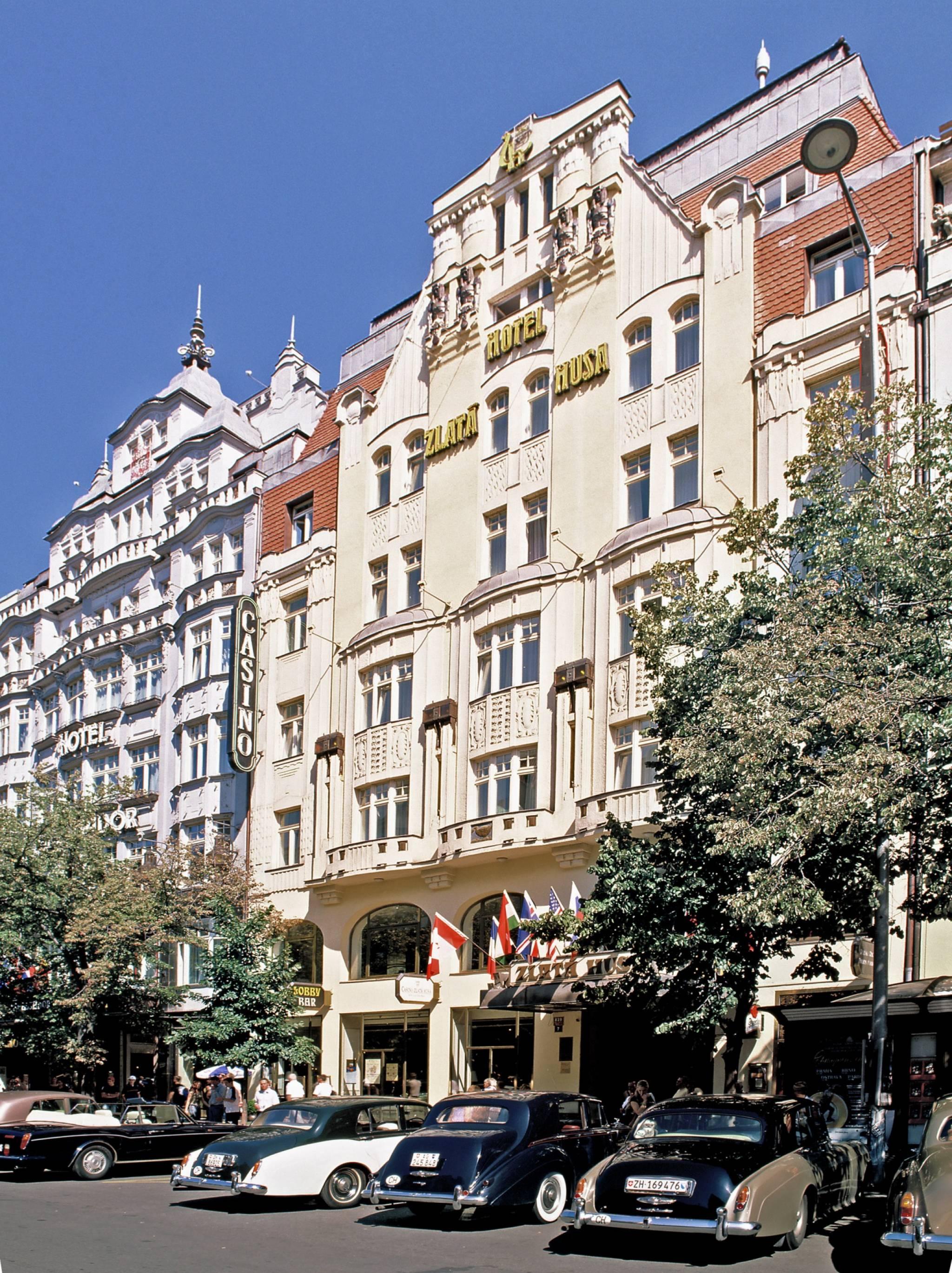 מלון Ambassador Zlata Husa