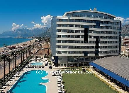 מלון Porto Bello