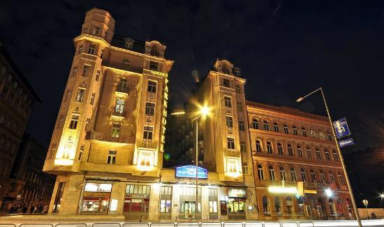 מלון Golden Park