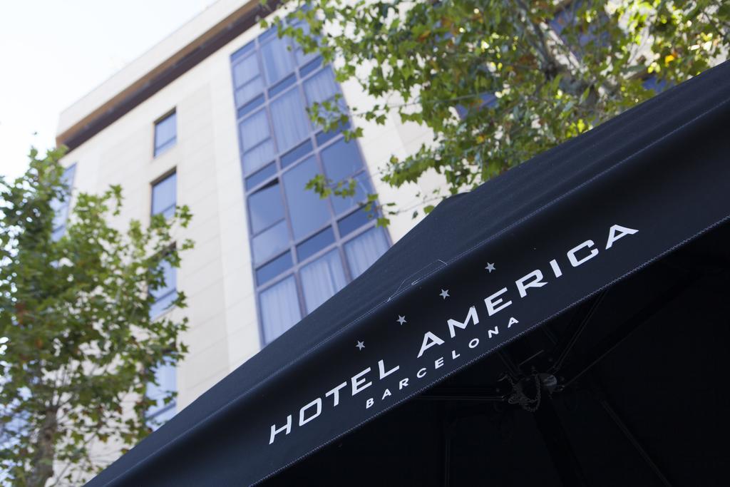 מלון America