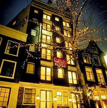 מלון Avenue Hotel