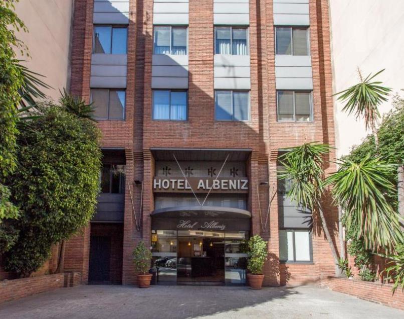 מלון Albeniz