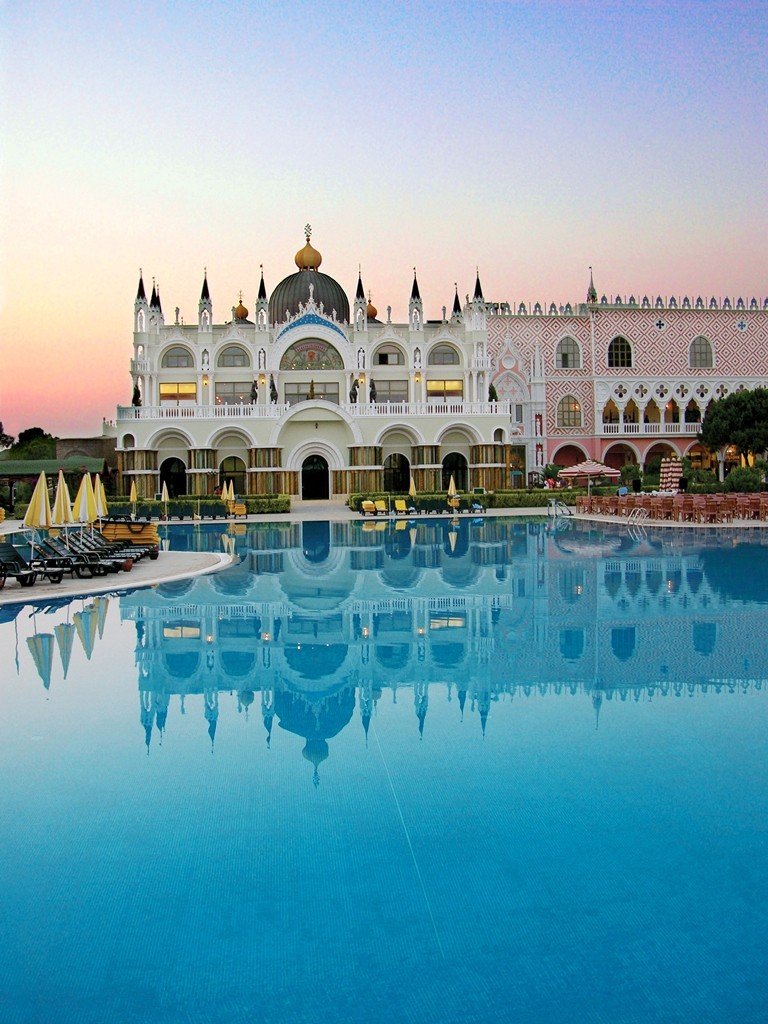 מלון Venezia Palace
