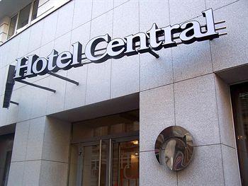מלון Central