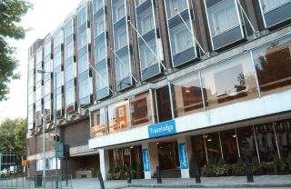 מלון Travelodge Kings Cross Royal Scot