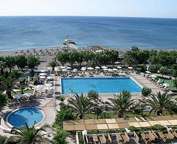 מלון Louis Colossos