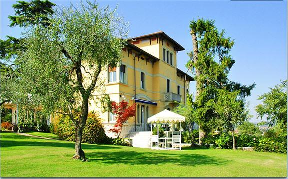 מלון Villa Maria
