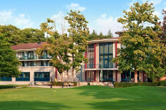מלון Hilton Royal Park Soestduinen