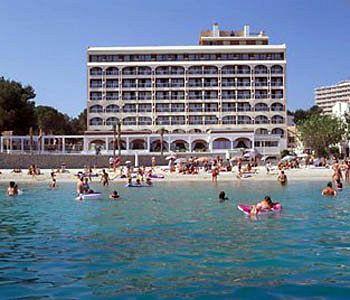 מלון Comodoro