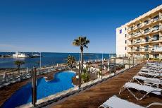 מלון Marina Luz