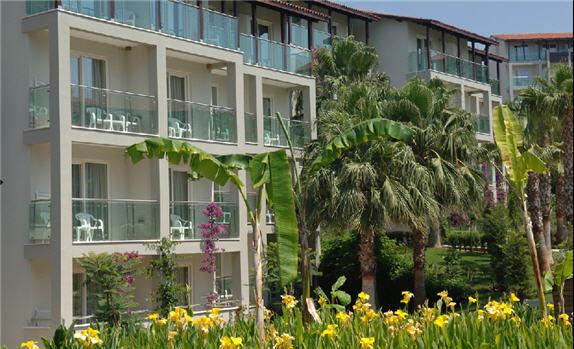 מלון Aska Buket Resort And Spa