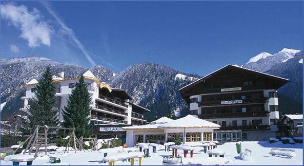 מלון Strass