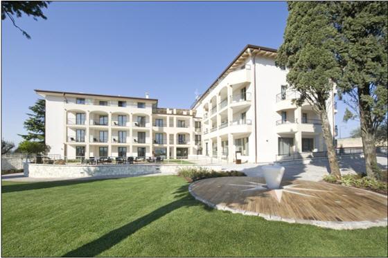 מלון Villa Luisa