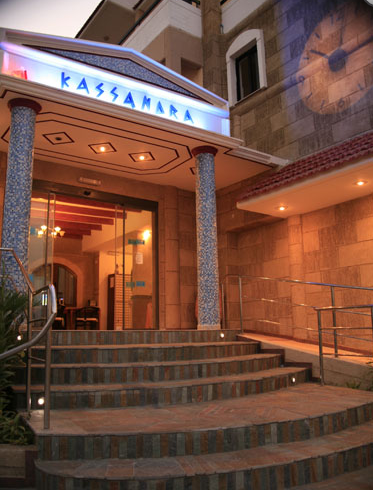 מלון Kassandra Hotel Apartments