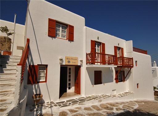 מלון Petasos Town