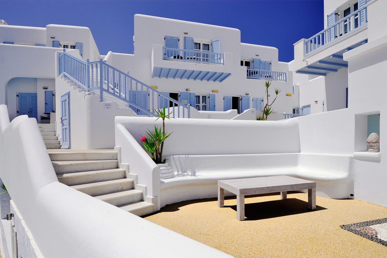 מלון Petinos Beach Hotel
