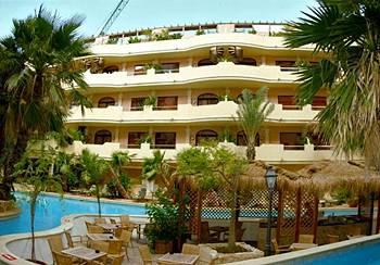 מלון Fortina Spa Resort