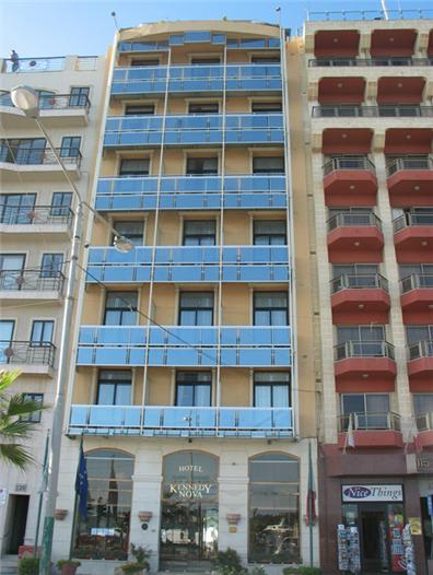 מלון Kennedy Nova