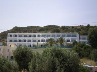 מלון Golf View Hotel