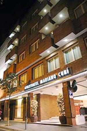 מלון Aparthotel Mariano Cubi