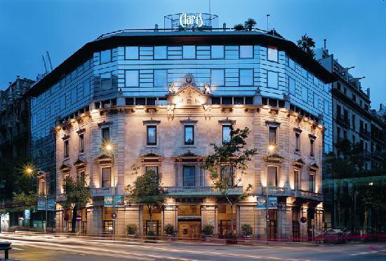 מלון Claris