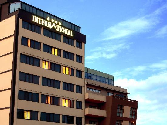 מלון International Hotel Bucharest City Center