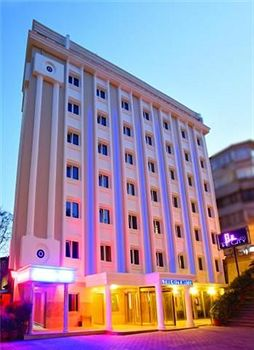 מלון The City Hotel