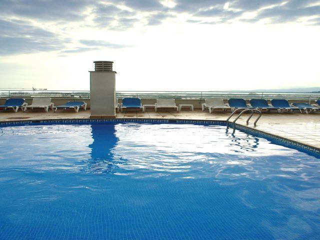 מלון Royal Sun Suite