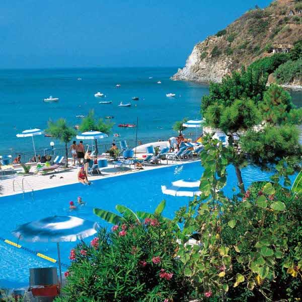 מלון Baia Dercole
