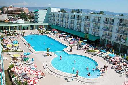 מלון Kotva Hotel