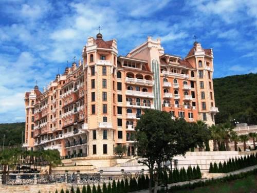מלון Royal Castle
