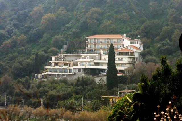 מלון Bay Palace