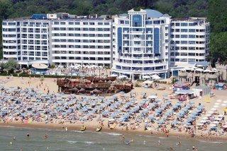 מלון Chaika Beach Resort
