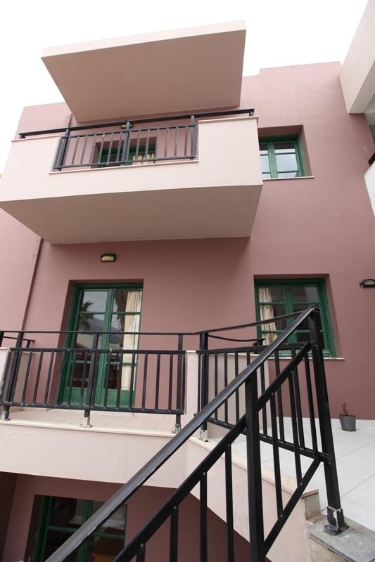 מלון Soula Mari Apartments