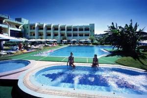 מלון Matina