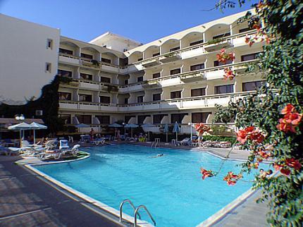 מלון Lomeniz