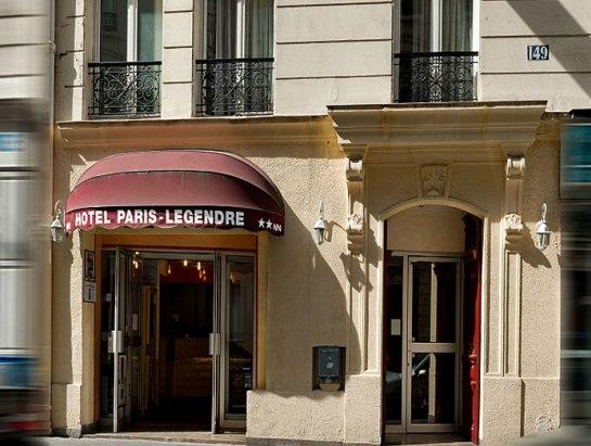 מלון Paris Legendre