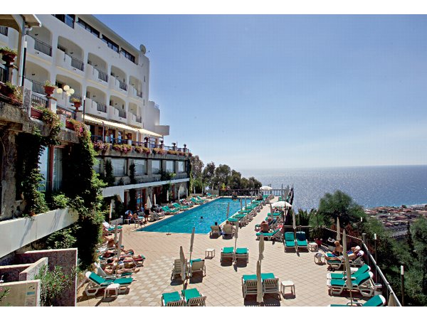מלון Antares Complex