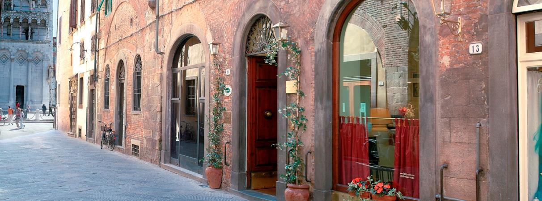 מלון Puccini Hotel