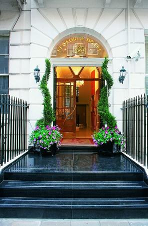 מלון Saint George Gloucester Place