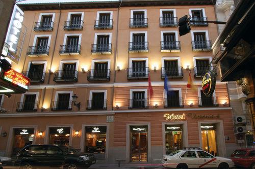 מלון Victoria 4