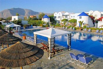 מלון Mediterranean Beach