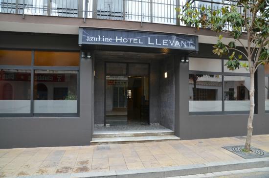 מלון Azuline Llevant