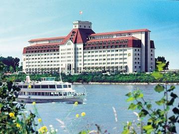 מלון Hilton Vienna Danube