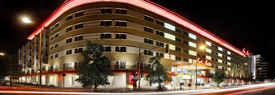 מלון Berlin Berlin
